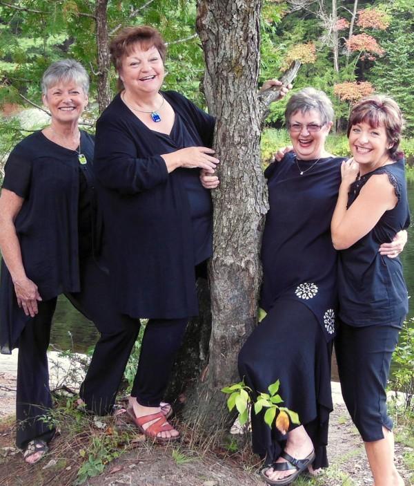 '4' Painters - Wendie Donabie, Pat Whittle, Lynda Lynn, Janice Feist